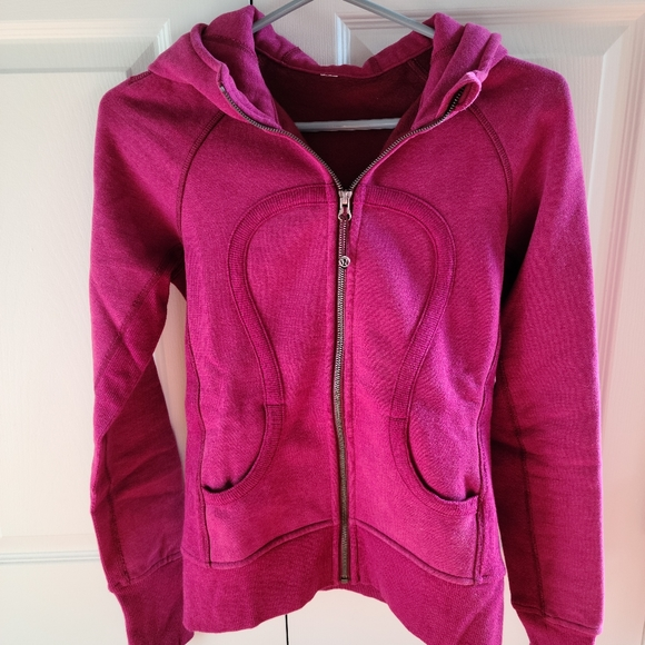 Lululemon Size 4 Pink Zip-up Sweater
